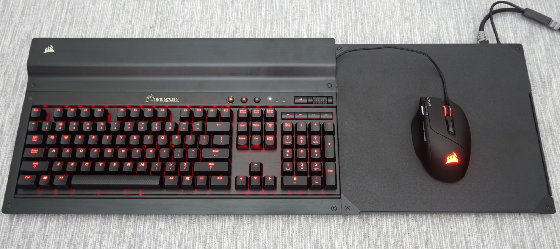 living room keyboard and mouse the corsair lapdog review gaming with a mouse and 20509