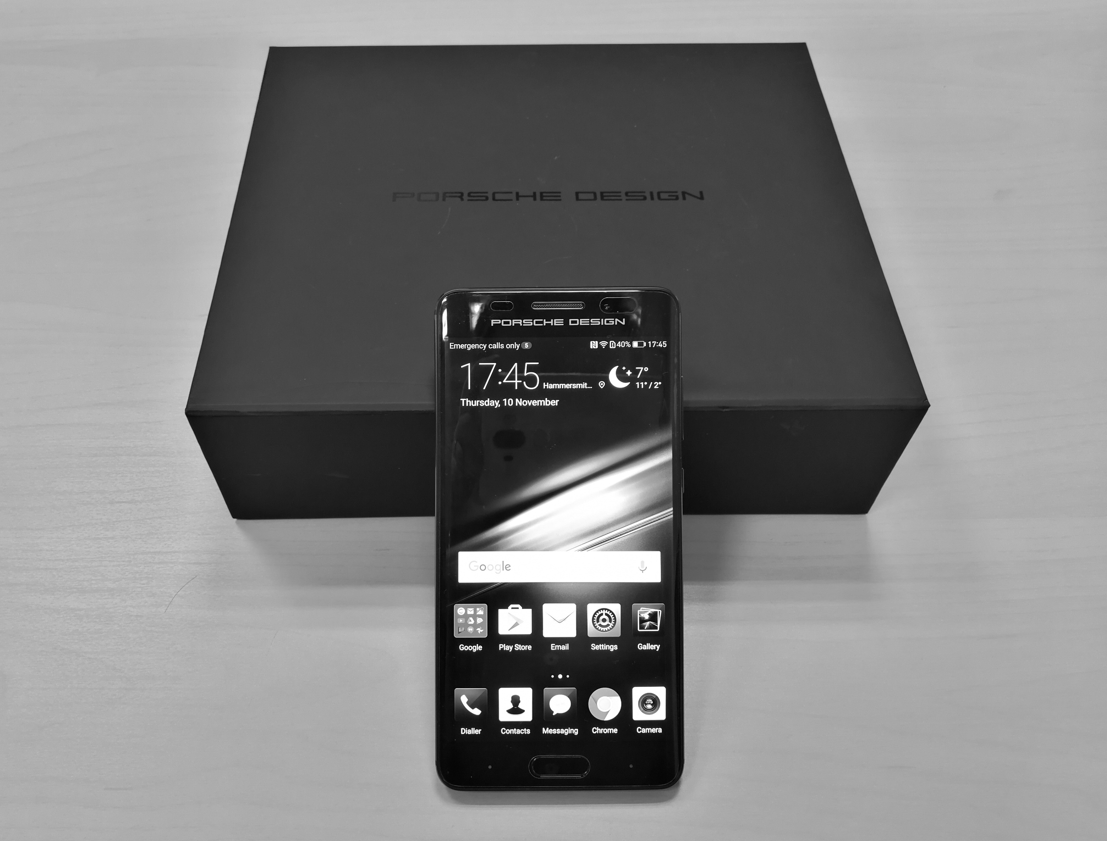 646a89f2f170 Huawei Mate 9 Porsche Design Unboxing and Hands On Benchmarks