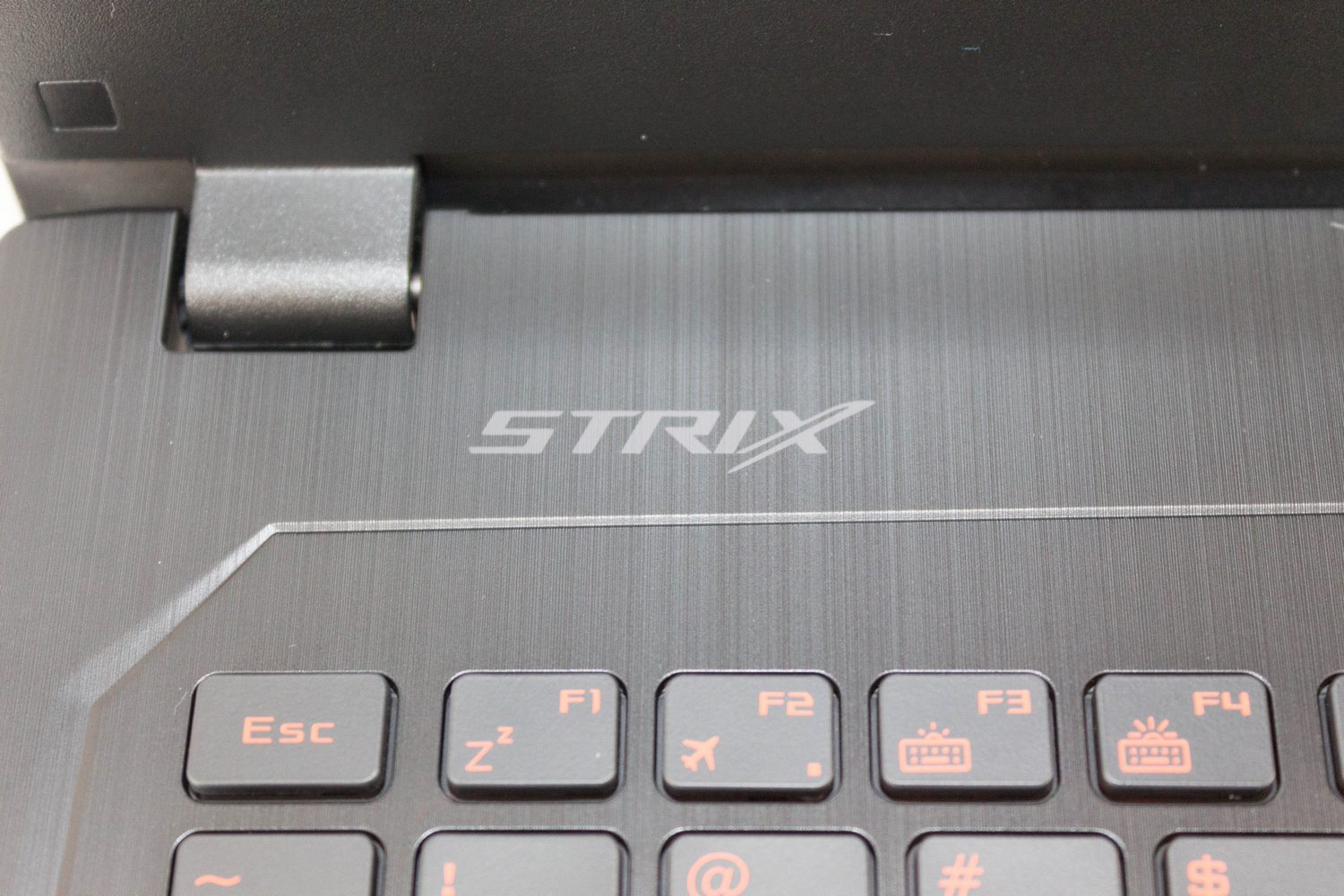 The ASUS ROG Strix GL502VS Review: Mainstream GTX 1070 with G-SYNC