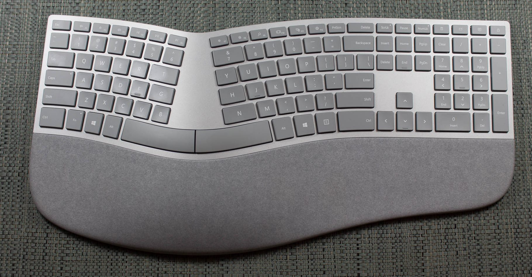 how to clean surface keyboard