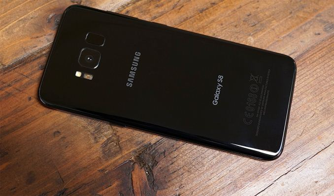 Internal Hardware and Features - Hands On With Samsung's