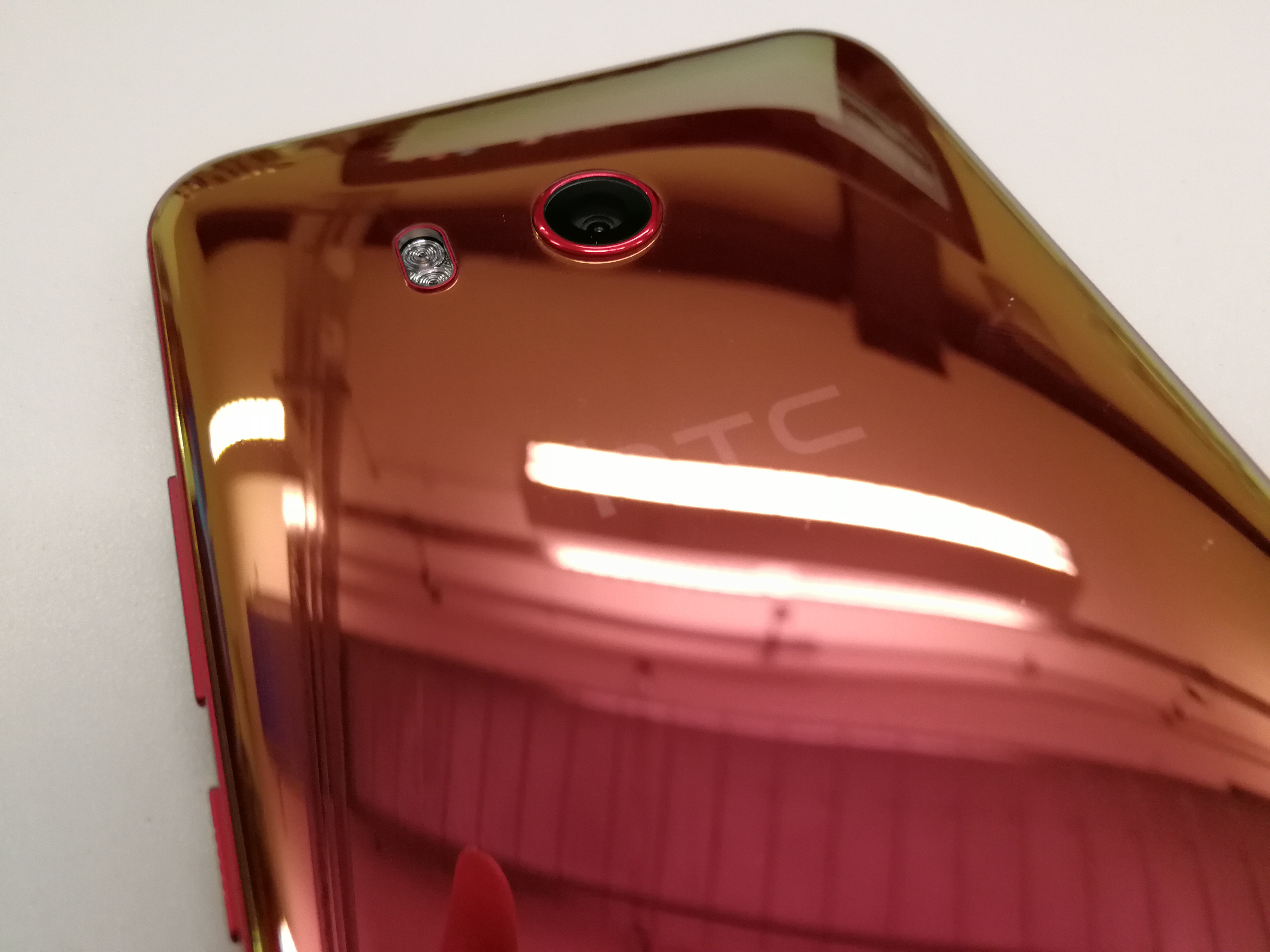 san francisco d3f71 a0ca6 The HTC U11 Giveaway: Win a Launch-Day Smartphone