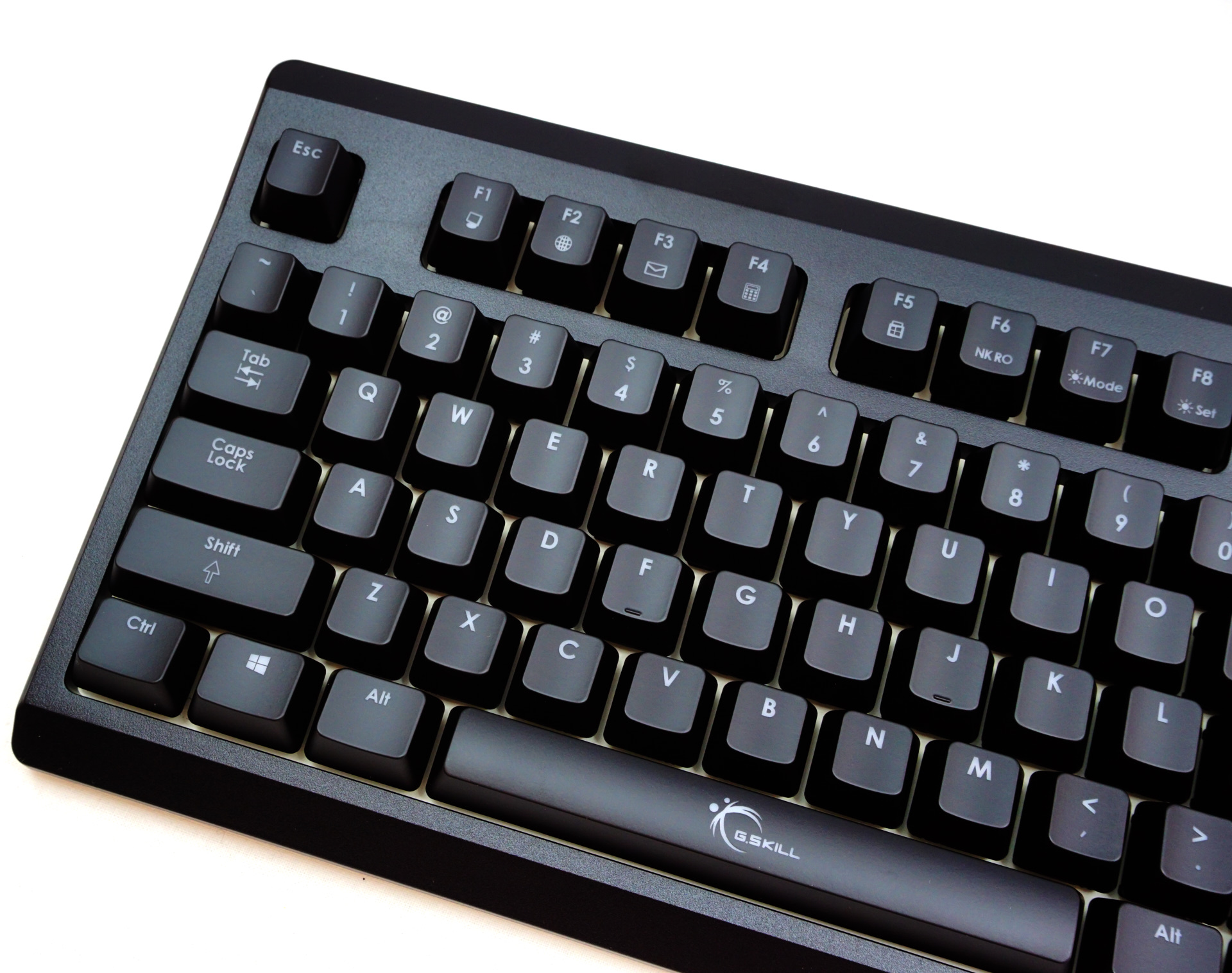 The Keyboard The G Skill Km570 Mx Mechanical Keyboard Review Sturdy Efficient