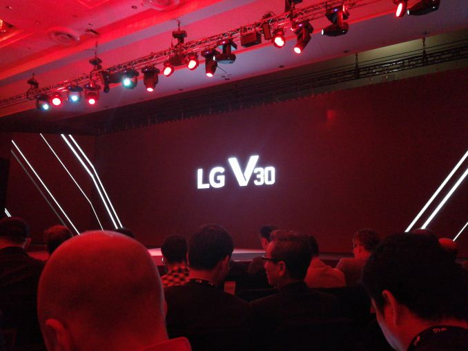 LG V30 Flagship Phone Priced At $750 According To Twitter Contest