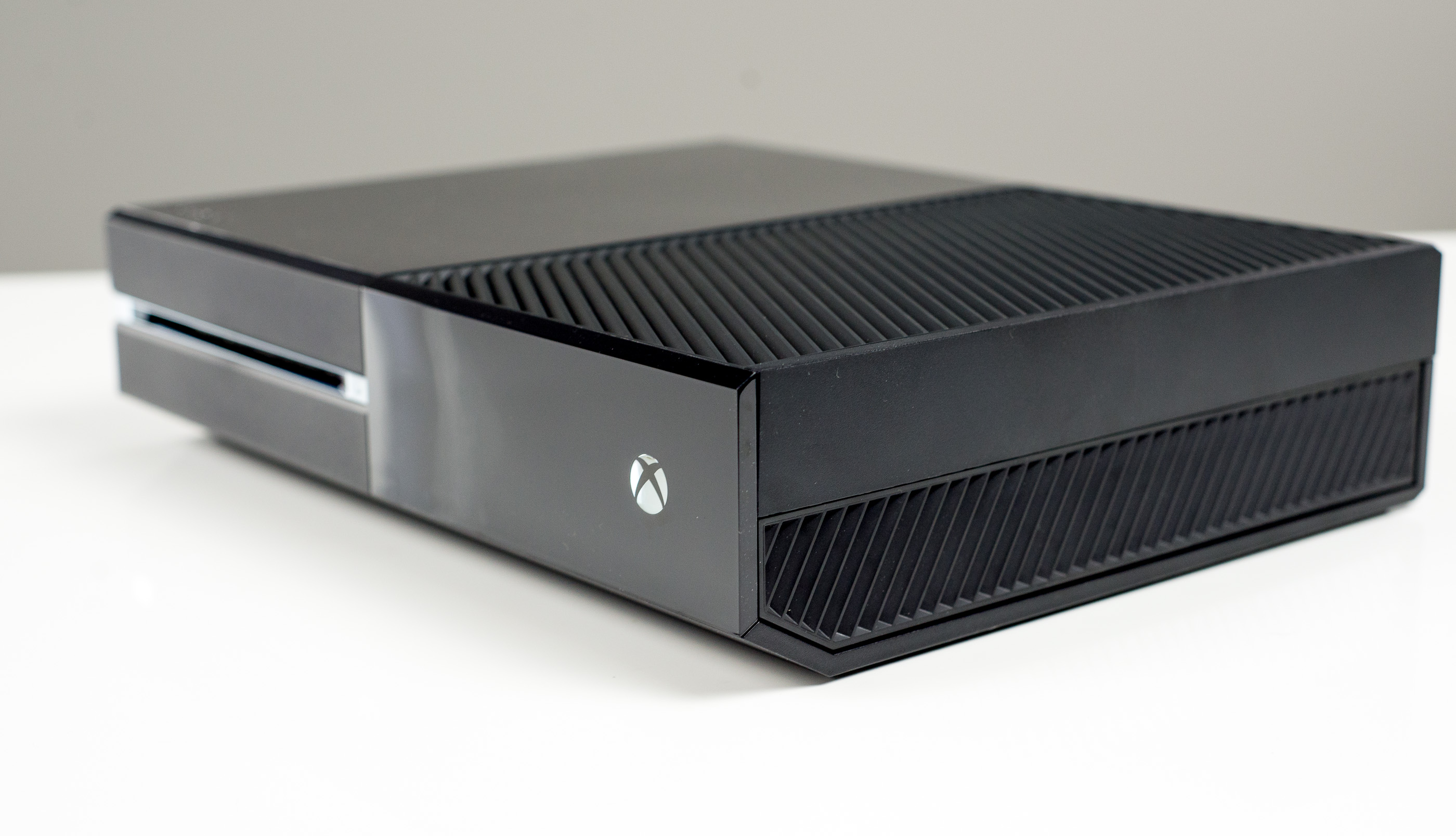 The Xbox One X Review: Putting A Spotlight On Gaming