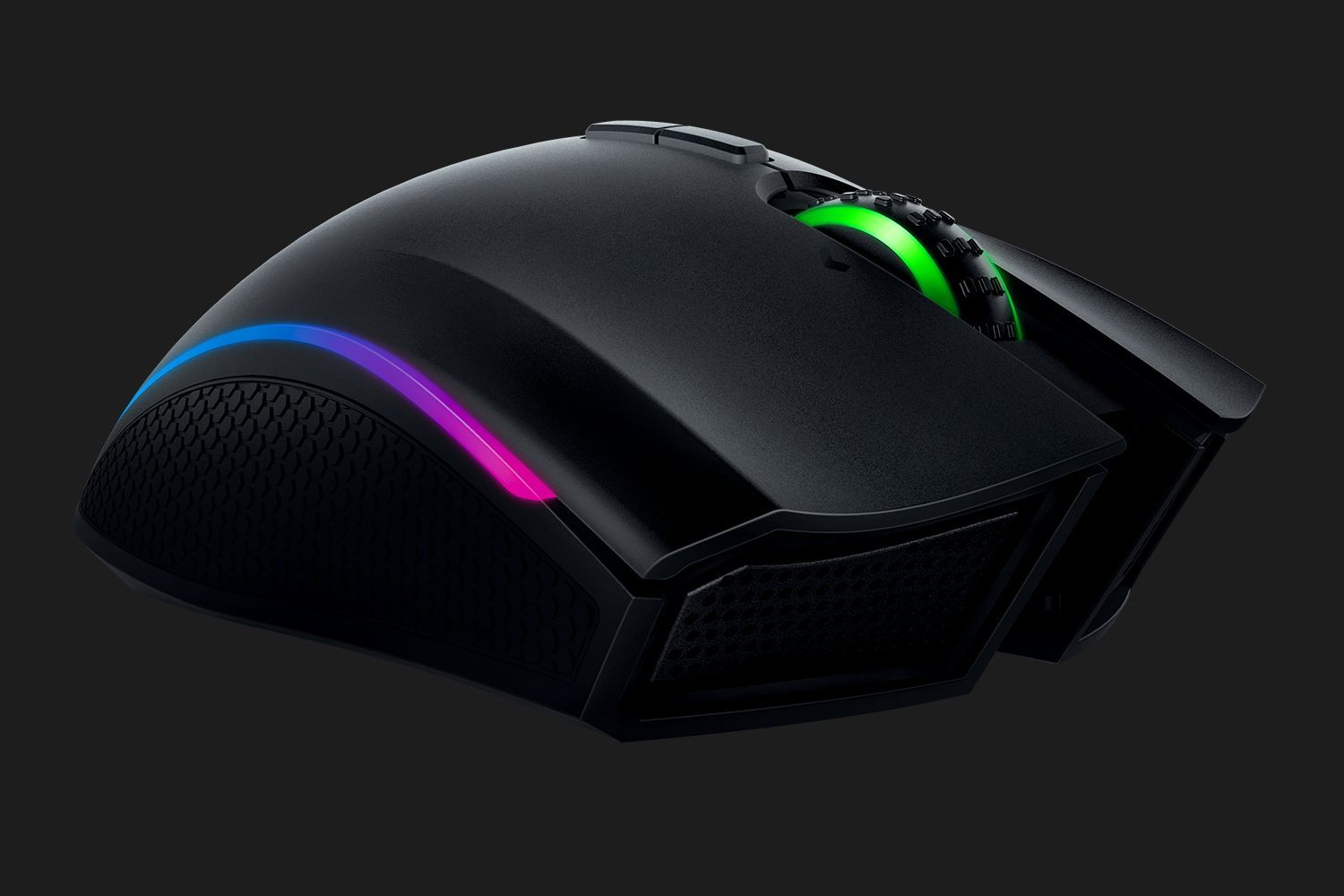 839d8ea754a Unlike competitors which use their mats to charge a battery, Razer has  removed the battery altogether, resulting in an extremely lightweight mouse,  ...