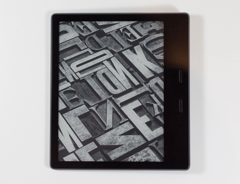 Display, Performance, and Battery Life - The Amazon Kindle Oasis