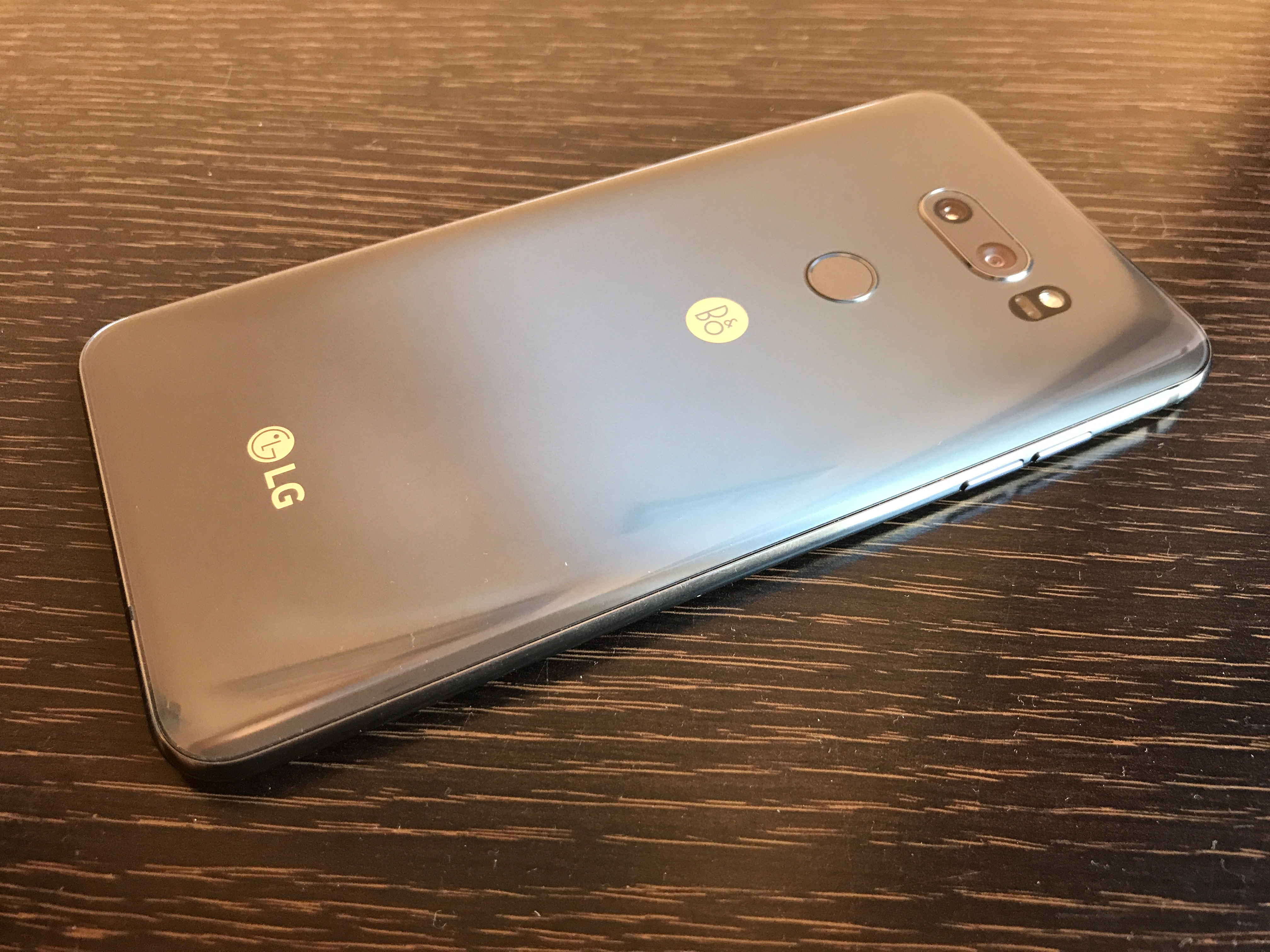 Hands On with the LG V30s ThinQ: Artificial Intelligence