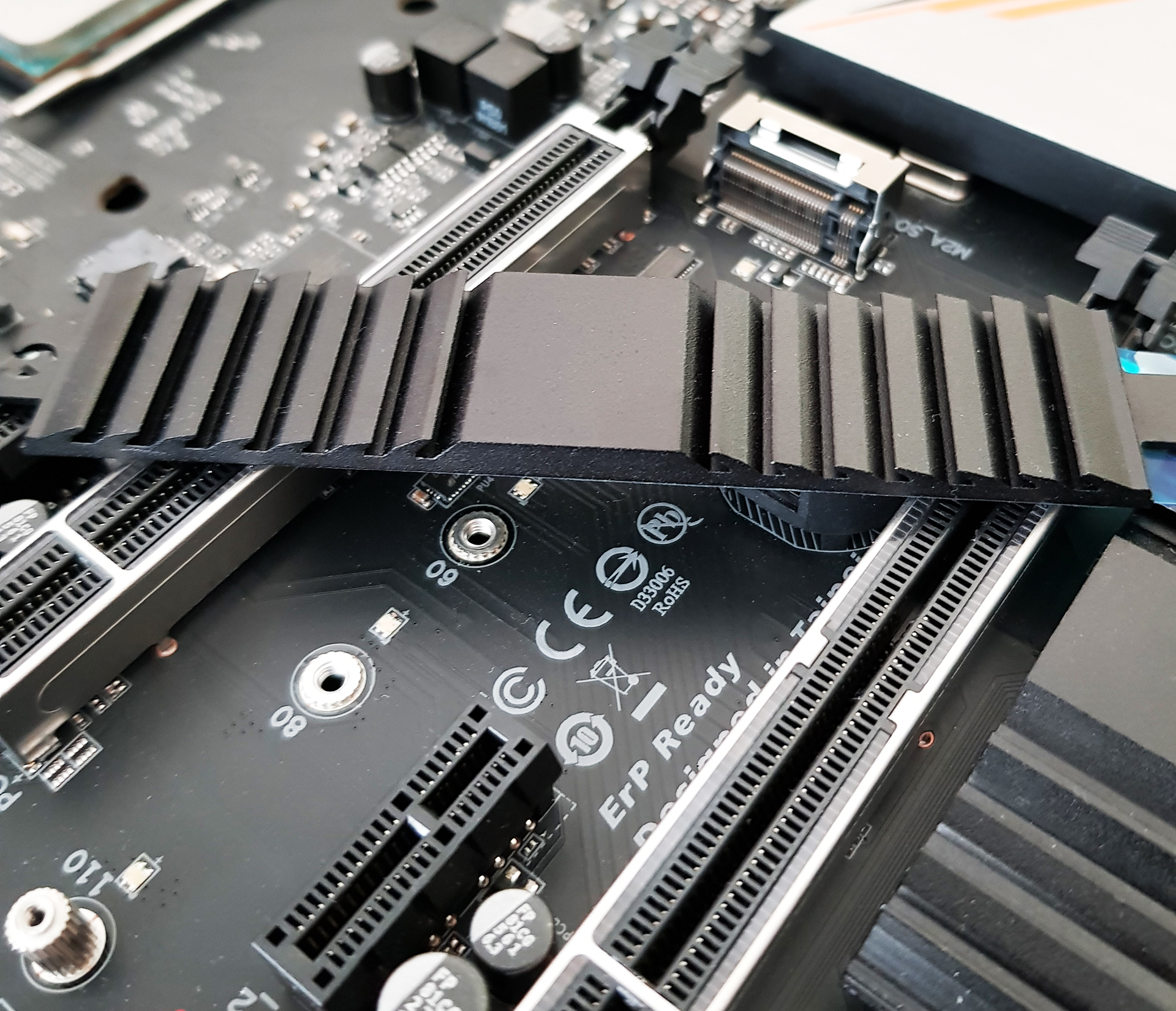 Visual Inspection - The GIGABYTE X470 Gaming 7 Wi-Fi Motherboard