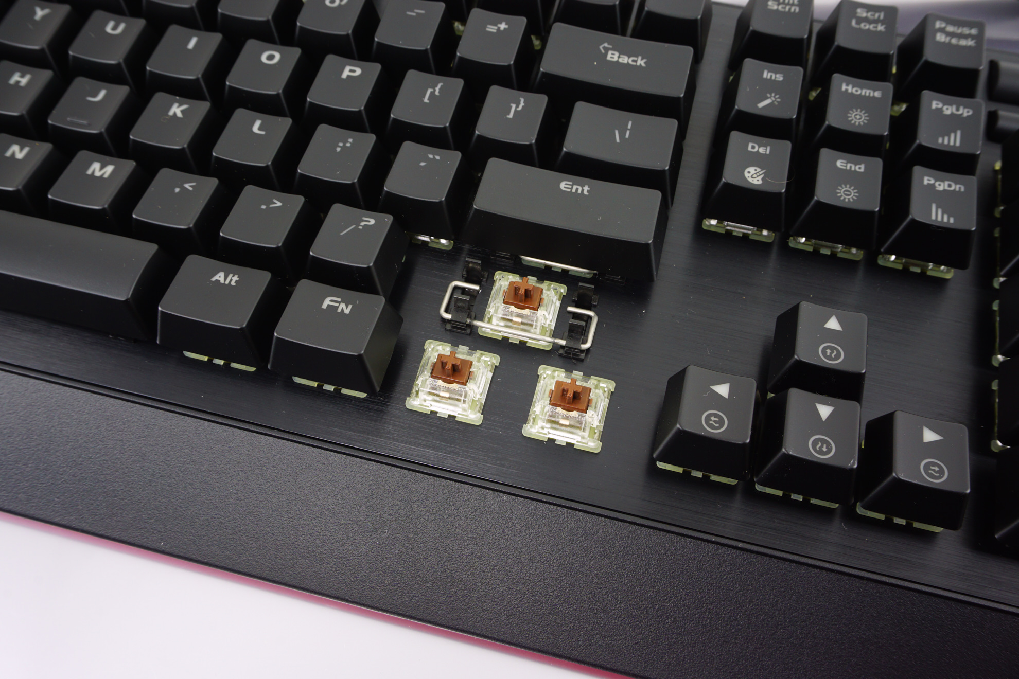 The Riotoro Ghostwriter Prism Mechanical Keyboard - The Riotoro