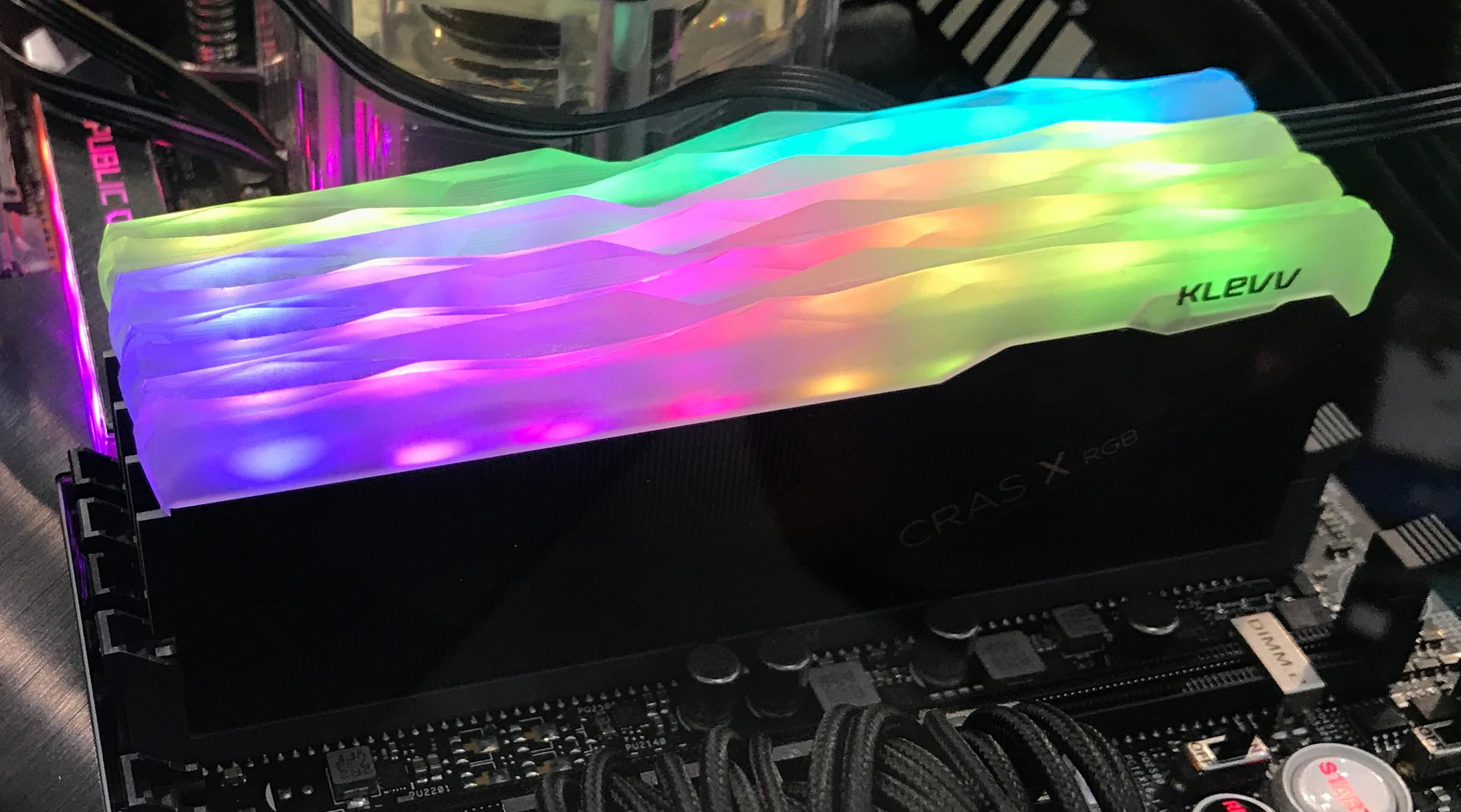 Klevv Adds Kolors: RGB-Lit Enthusiast-Class Cras DIMMs & SSD