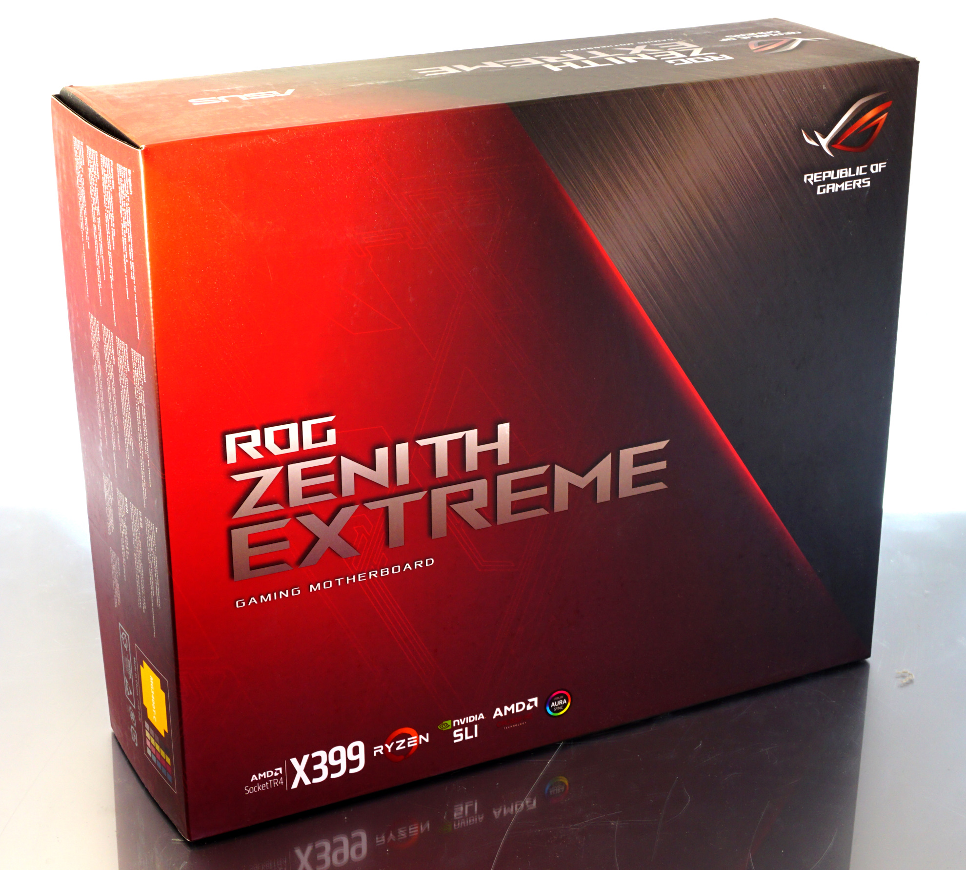 The ASUS X399 ROG Zenith Extreme Motherboard Review: Top