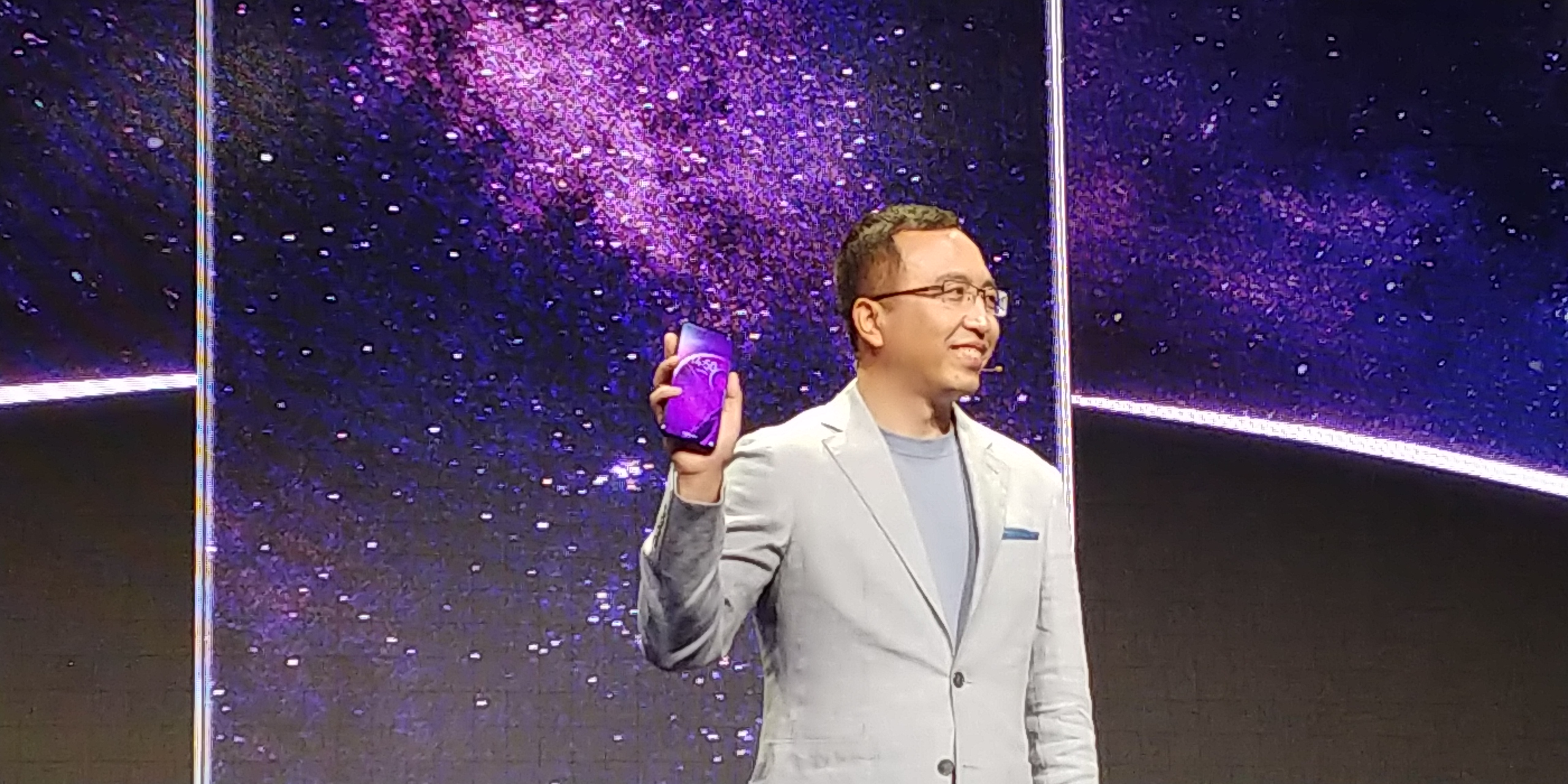 Honor Play Global Variant Launched at IFA, Price, Specifications and Availability