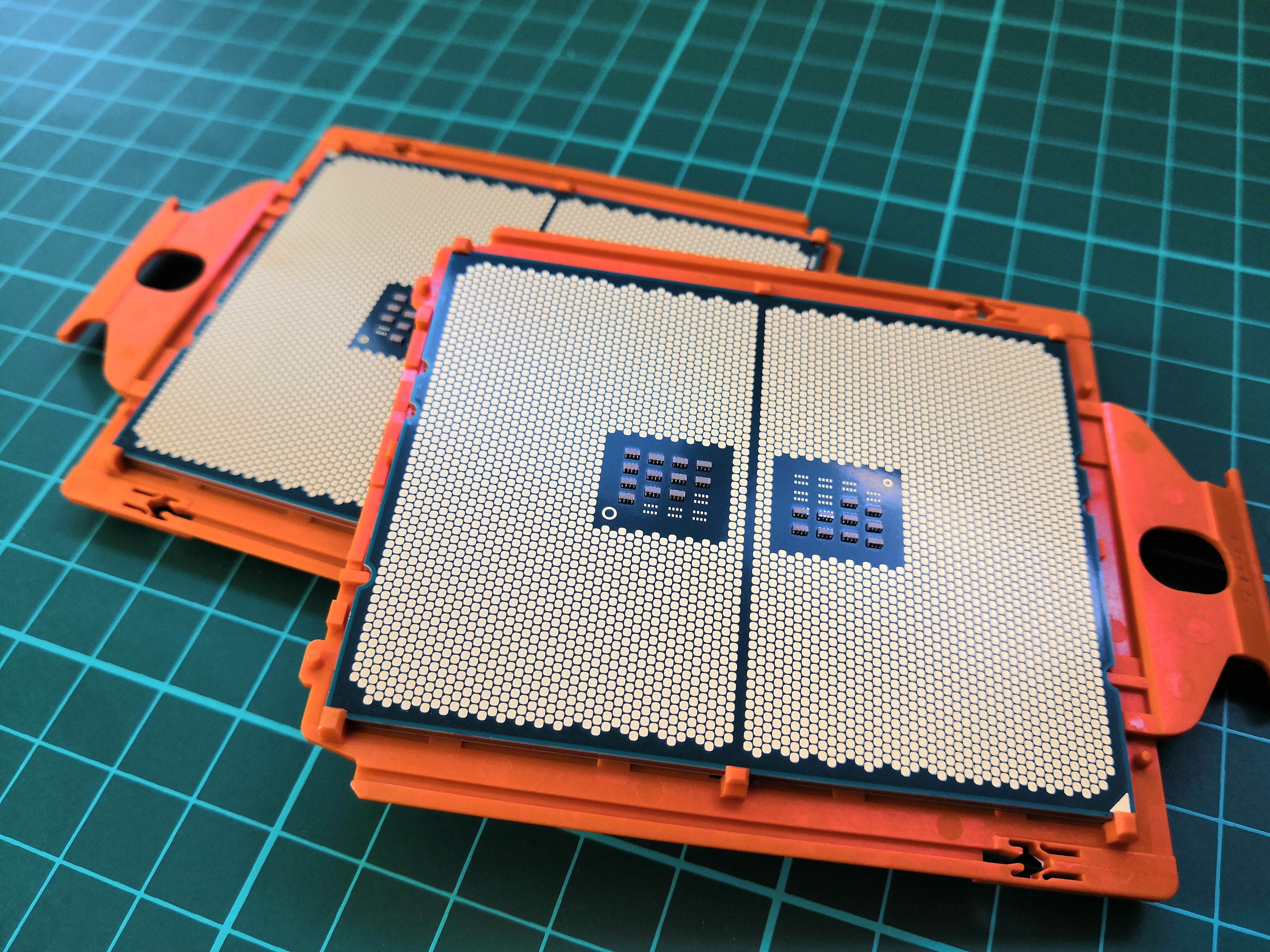 The AMD Threadripper 2 CPU Review: The 24-Core 2970WX and 12-Core