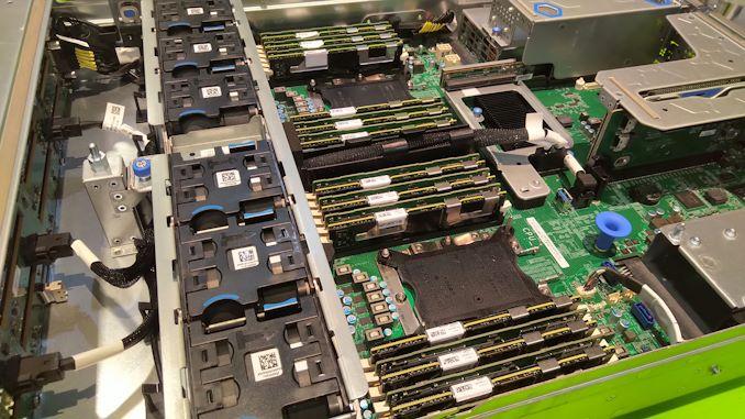 Intel Partner Discloses Cascade Lake Xeon Scalable Launch Window