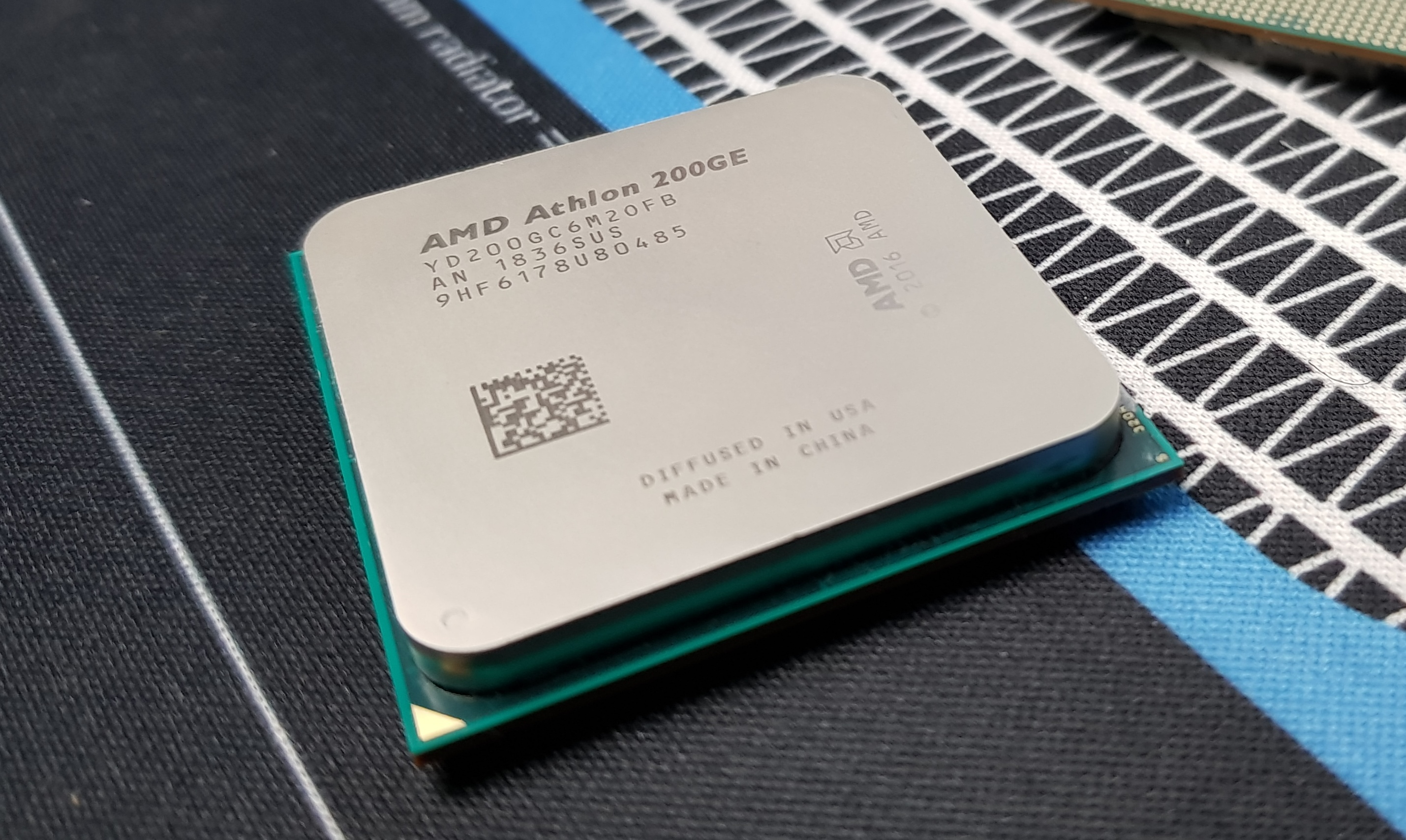 AMD Athlon 220GE and Athlon 240GE with Radeon Vega Graphics