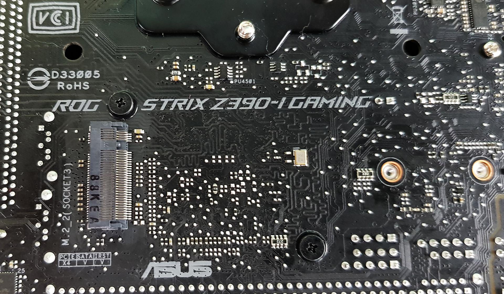Tiny at $200: ASUS Z390-I Gaming vs  ASRock Z390 Gaming-ITX
