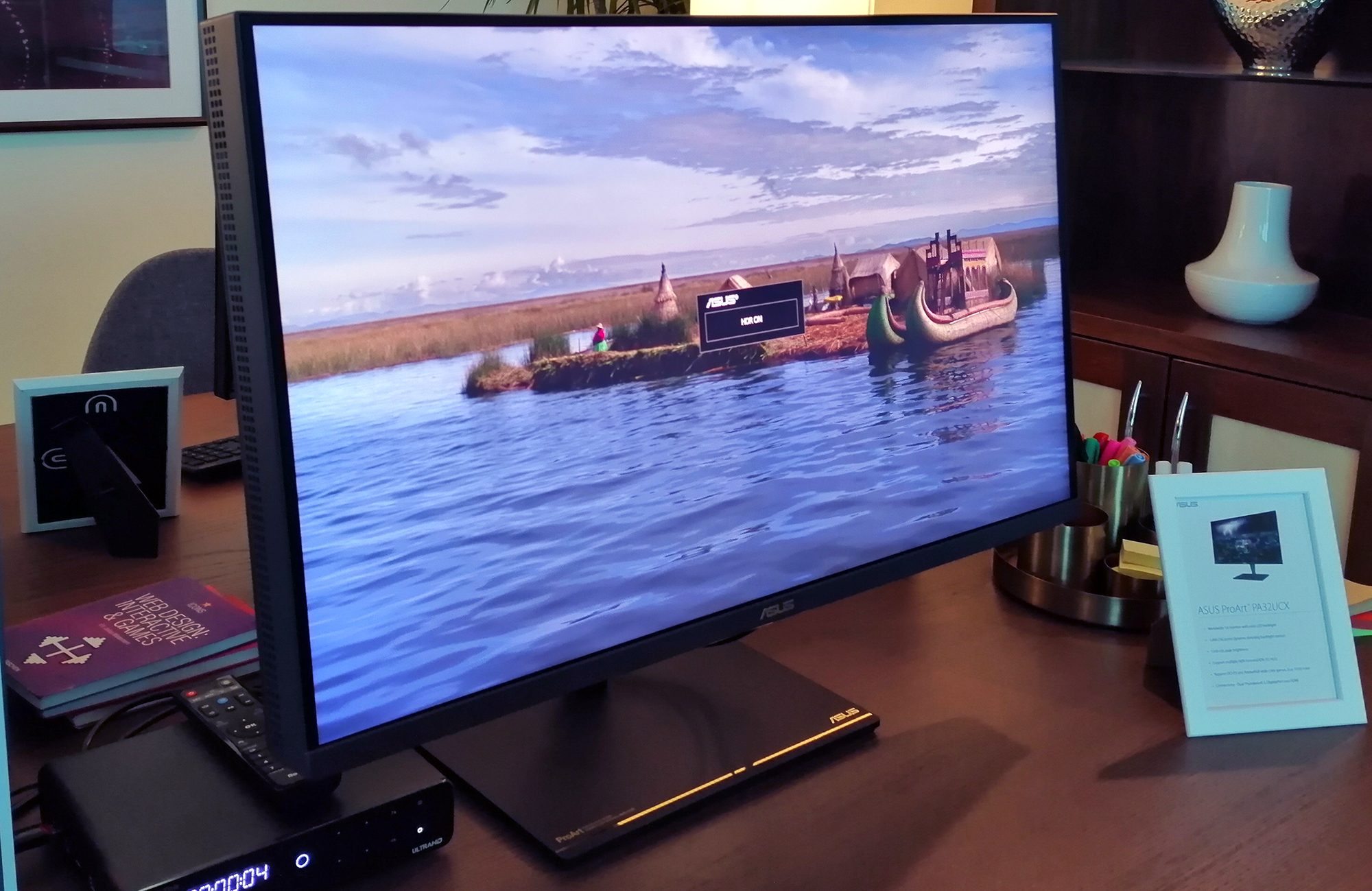 ASUS at CES 2019: ProArt PA32UCX 4K Monitor with 1000-Zone FALD Unveiled