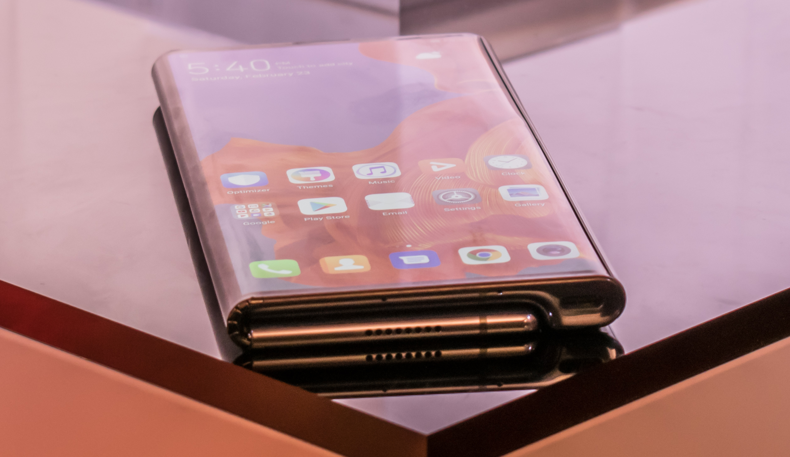 Huawei Can't Answer Key Questions About the Mate X Foldable Phone
