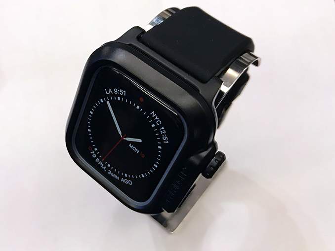 buy popular 7d927 e4add Dive In: Catalyst Has Apple Watch Protection for Up to 100 Meters