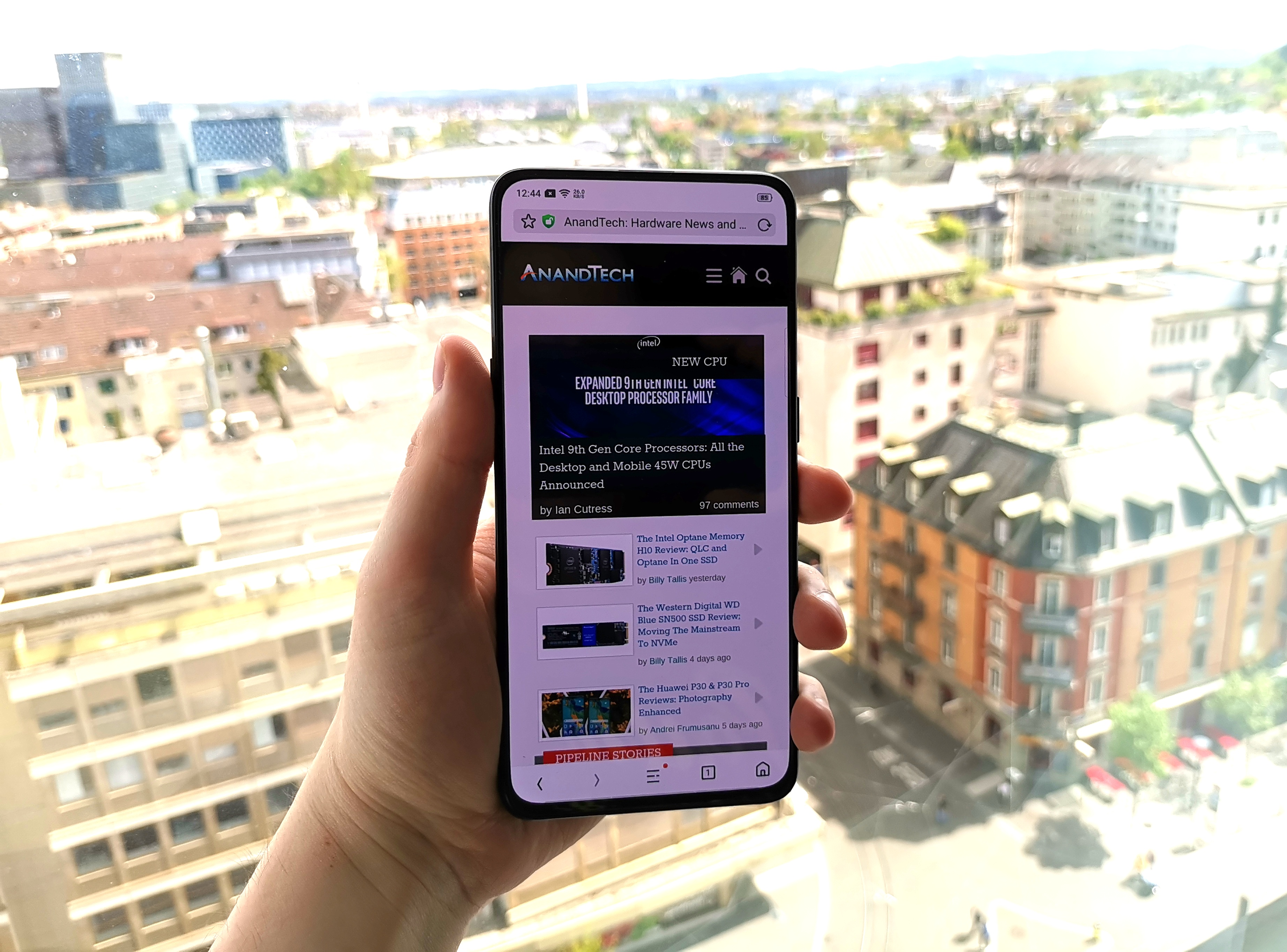 Hands On with the OPPO Reno 10x Zoom: 6 6-inch OLED with No Notch
