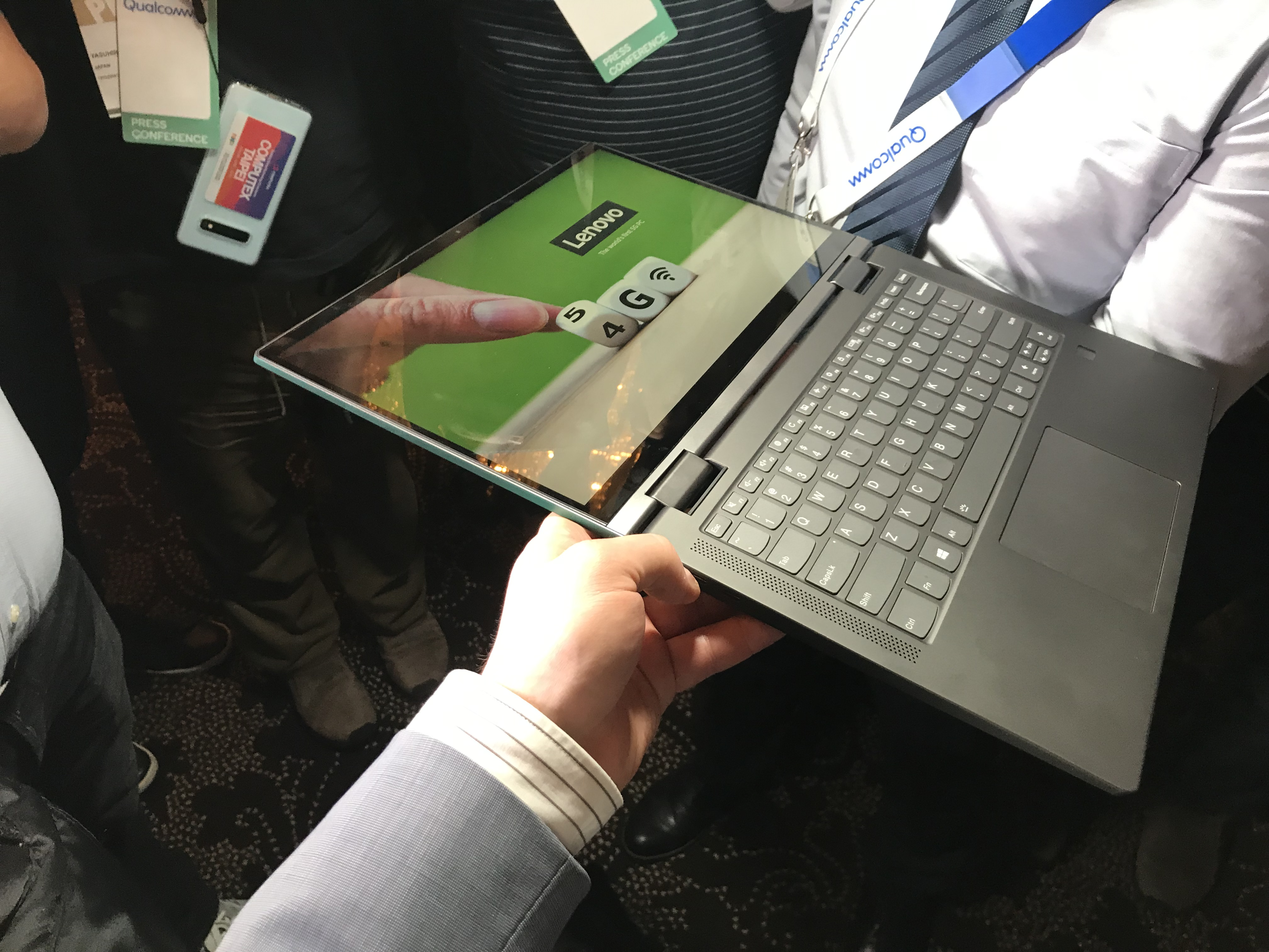 Hands-On with Industry's First 5G Laptop: A Lenovo with Qualcomm's