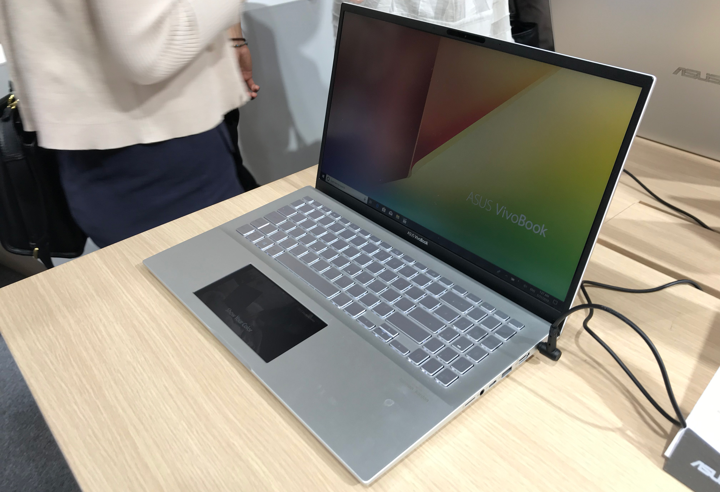 ASUS VivoBook S14 & S15 Get ScreenPad 2 0, Add Premium Features
