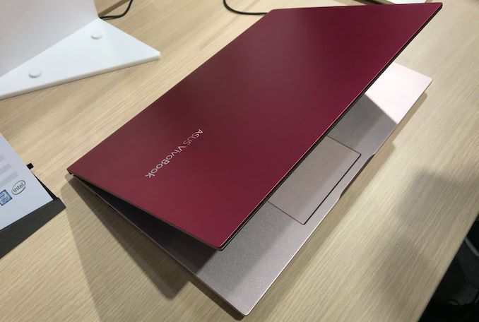 Anandtech com] ASUS VivoBook S14 & S15 Get ScreenPad 2 0