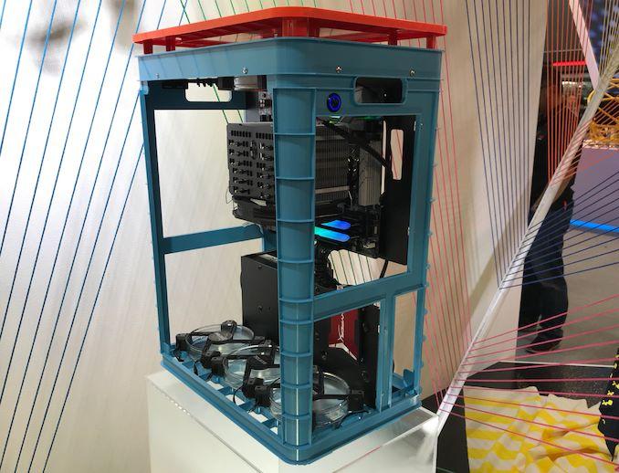 آلیس InWin: یک شاسی منحصر به فرد ساخته شده از پارچه و پلاستیک   - لپ تاپ استوک