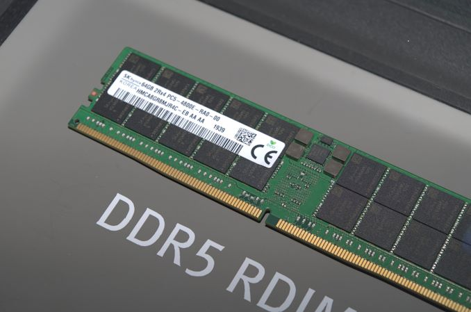 Here's Some DDR5-4800: Hands-On First Look at Next Gen DRAM