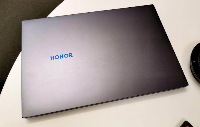 أجهزة الكمبيوتر المحمولة Honor Magicbook مقاس 14 بوصة و 15 بوصة المزودة بوحدات AMD APU: Coming Worldwide 5