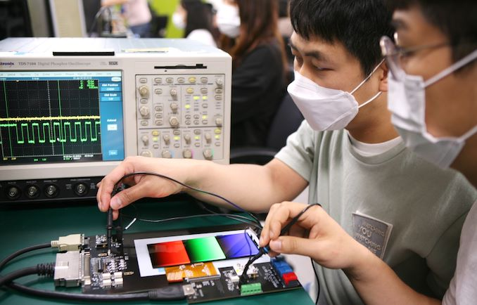 Samsung Display Announces First VRR Mobile Display - Inside Note20 Ultra - AnandTech