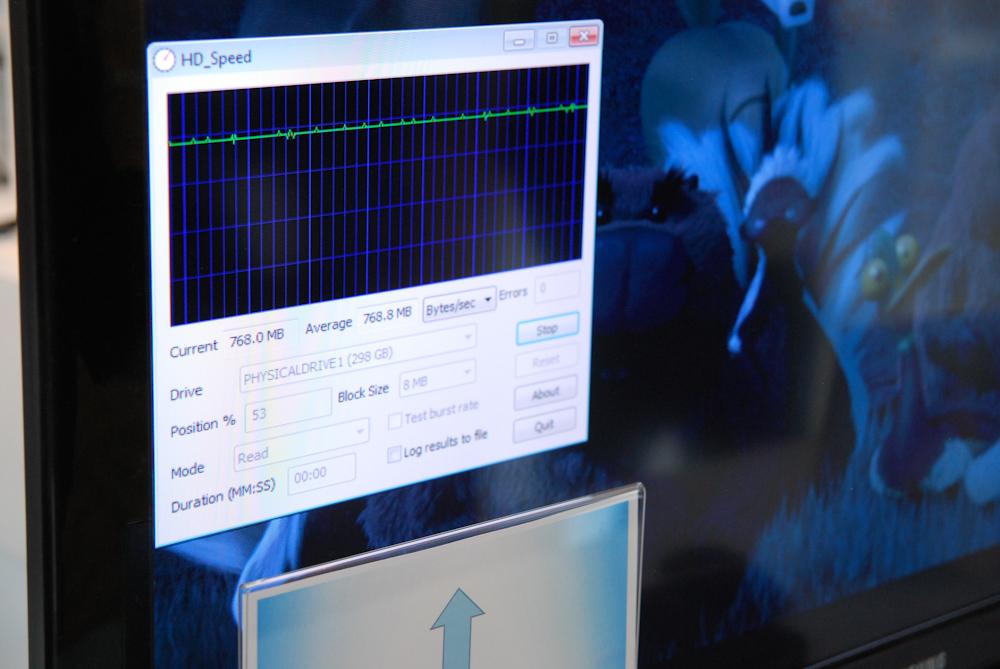 6.15 gigabits/s uncompressed video streaming - Intel Light Peak ...