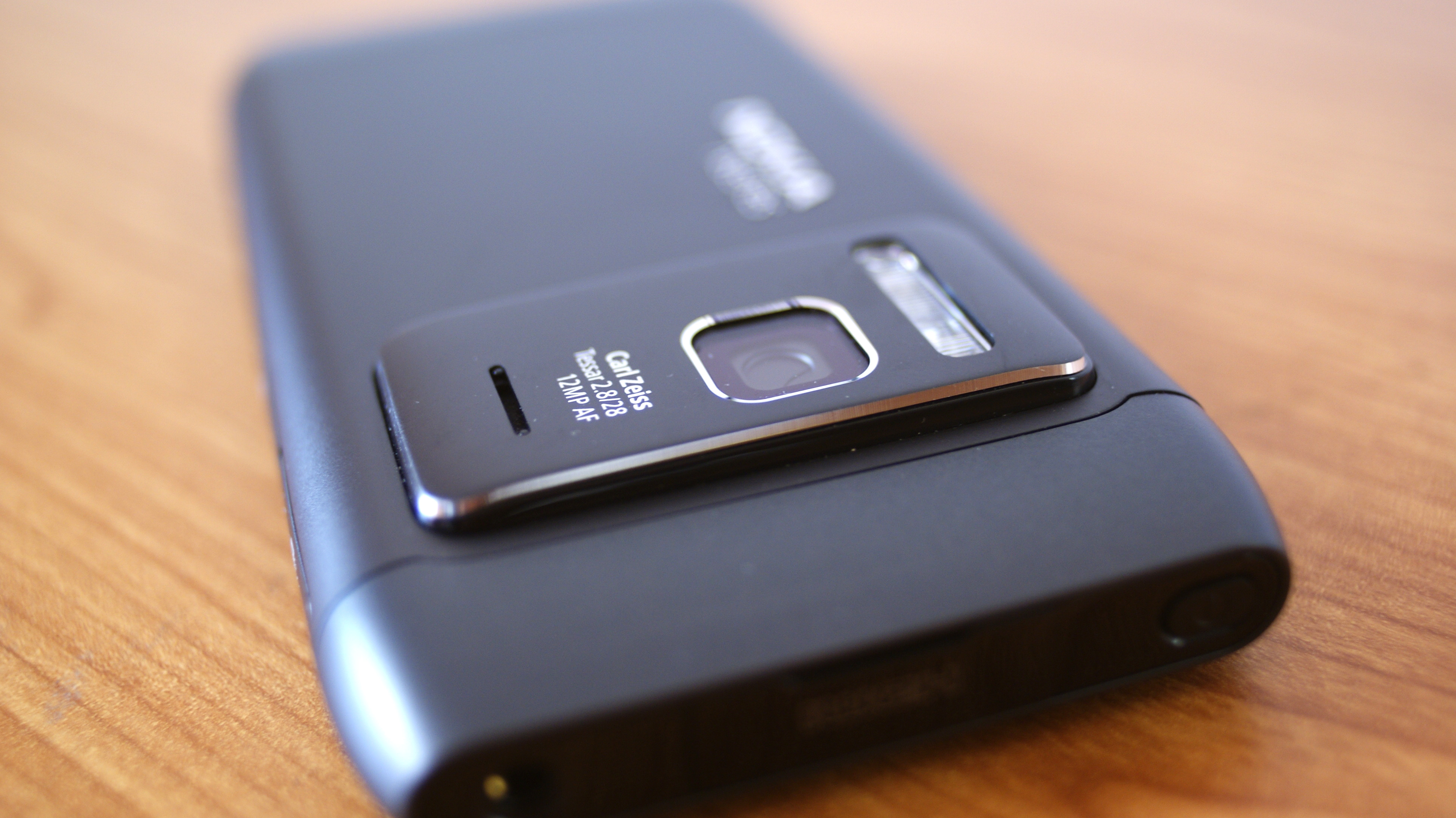 The N8's Camera - 12 MP of Awesome - Nokia N8 Review