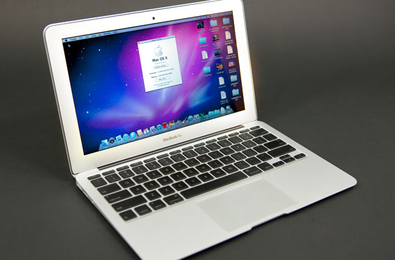 Apple MacBook Air (13-inch, June 2013) review: A familiar MacBook ...