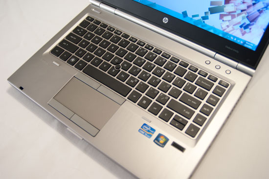 HP Elitebook 8460P Core i7 2620M, 4gb, SSD 128Gb, HD+ 1600*900, Vga