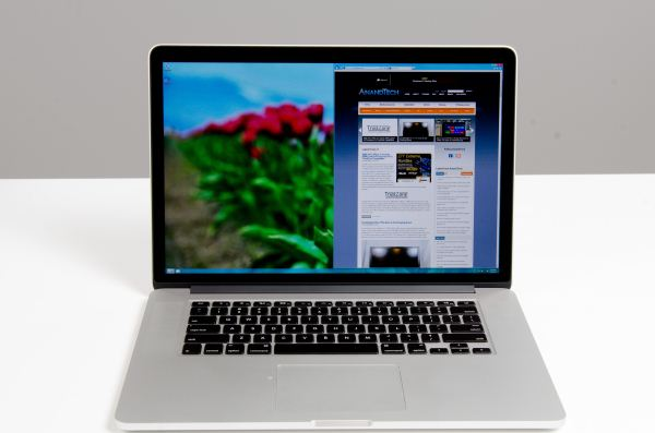 Macbook Pro cu Retina Display - Windows 8