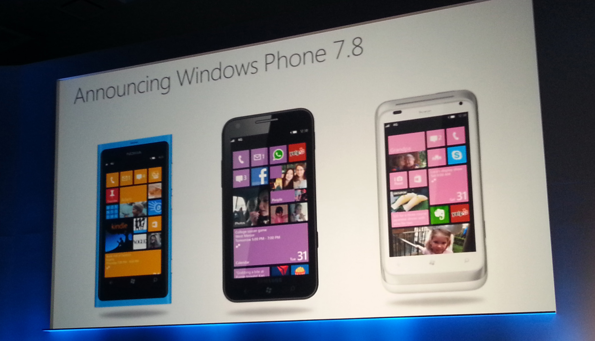 WP 7.8 Rolling Out To Lumia 800 Devices NOW