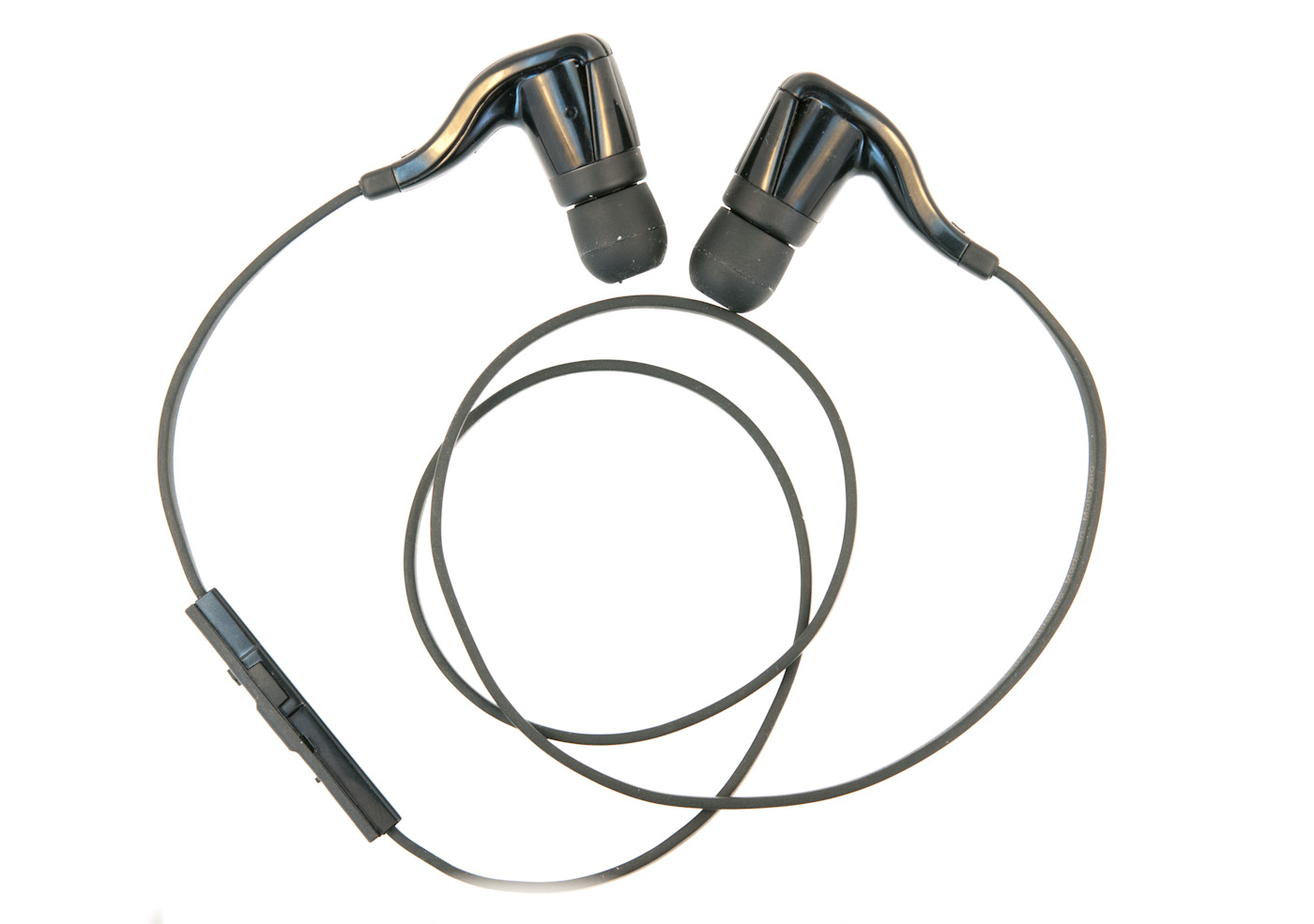 Plantronics Backbeat Go Review Almost The Perfect Bluetooth Earbuds