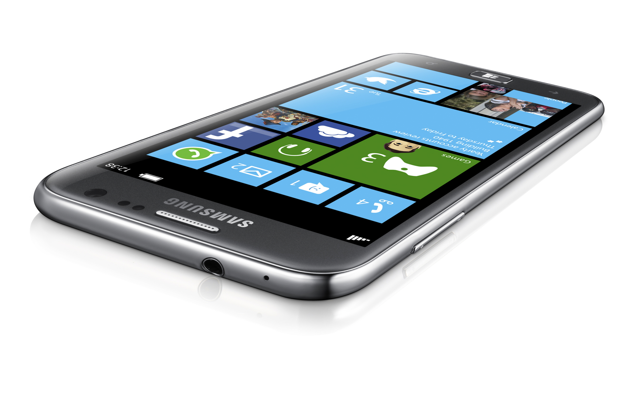 samsung ativ line outed at ifa windows 8 rt and phone 8 devices revealed. Black Bedroom Furniture Sets. Home Design Ideas