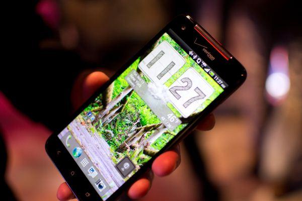 عكس هاي از گوشي HTC DROID DNA
