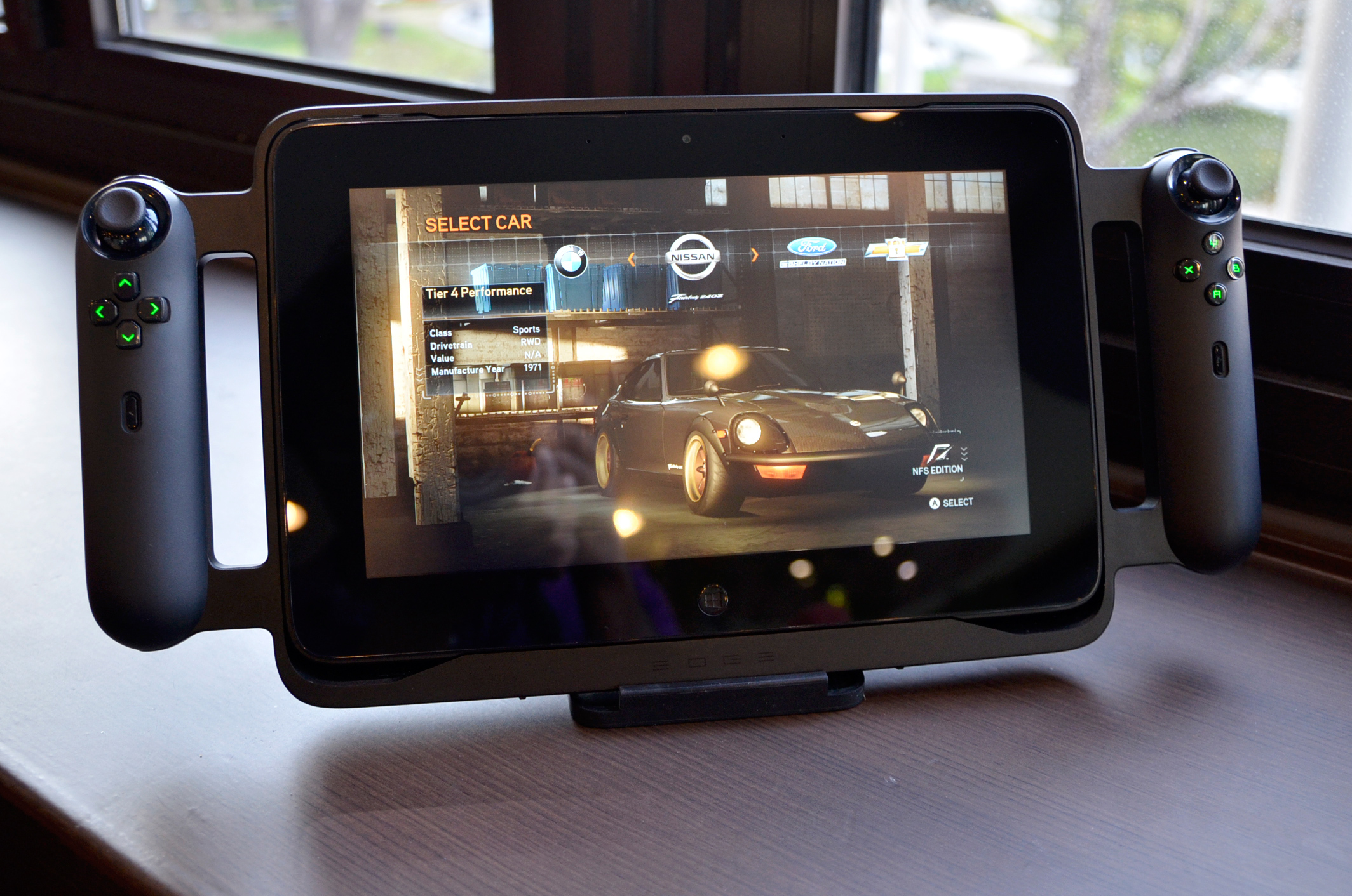 The Gamepad The Razer Edge Review