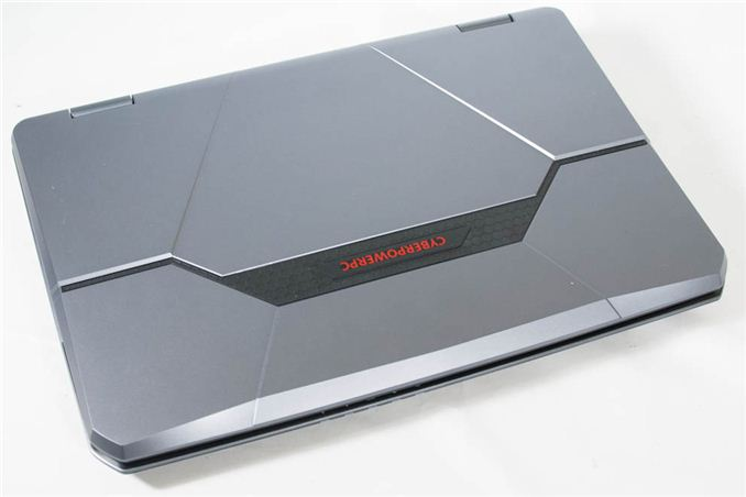 CyberPowerPC FangBook Gaming Notebook Review