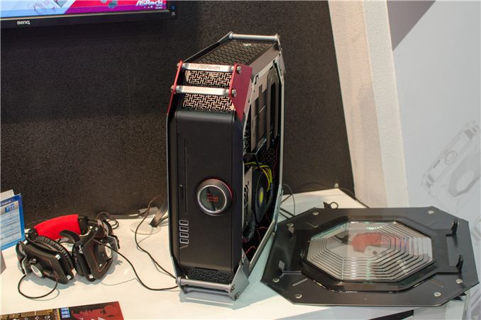 Computex 2013 Asrock S M8 Mini Itx Gaming Pc