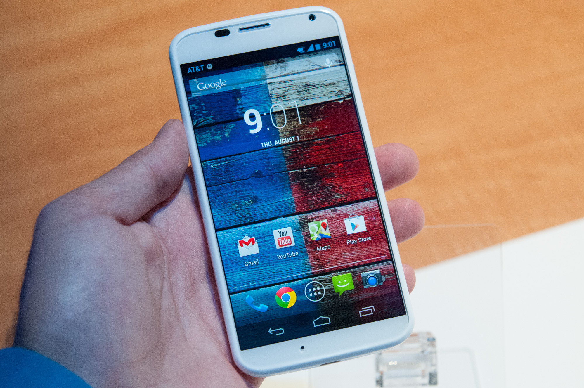 AnandTech | A Quick Look at the Moto X - Motorola's New Flagship