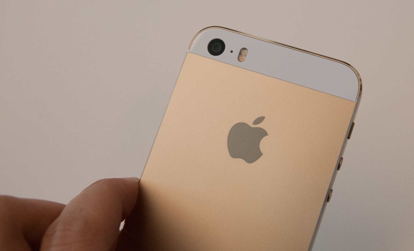 Hands On With The New Iphone 5s