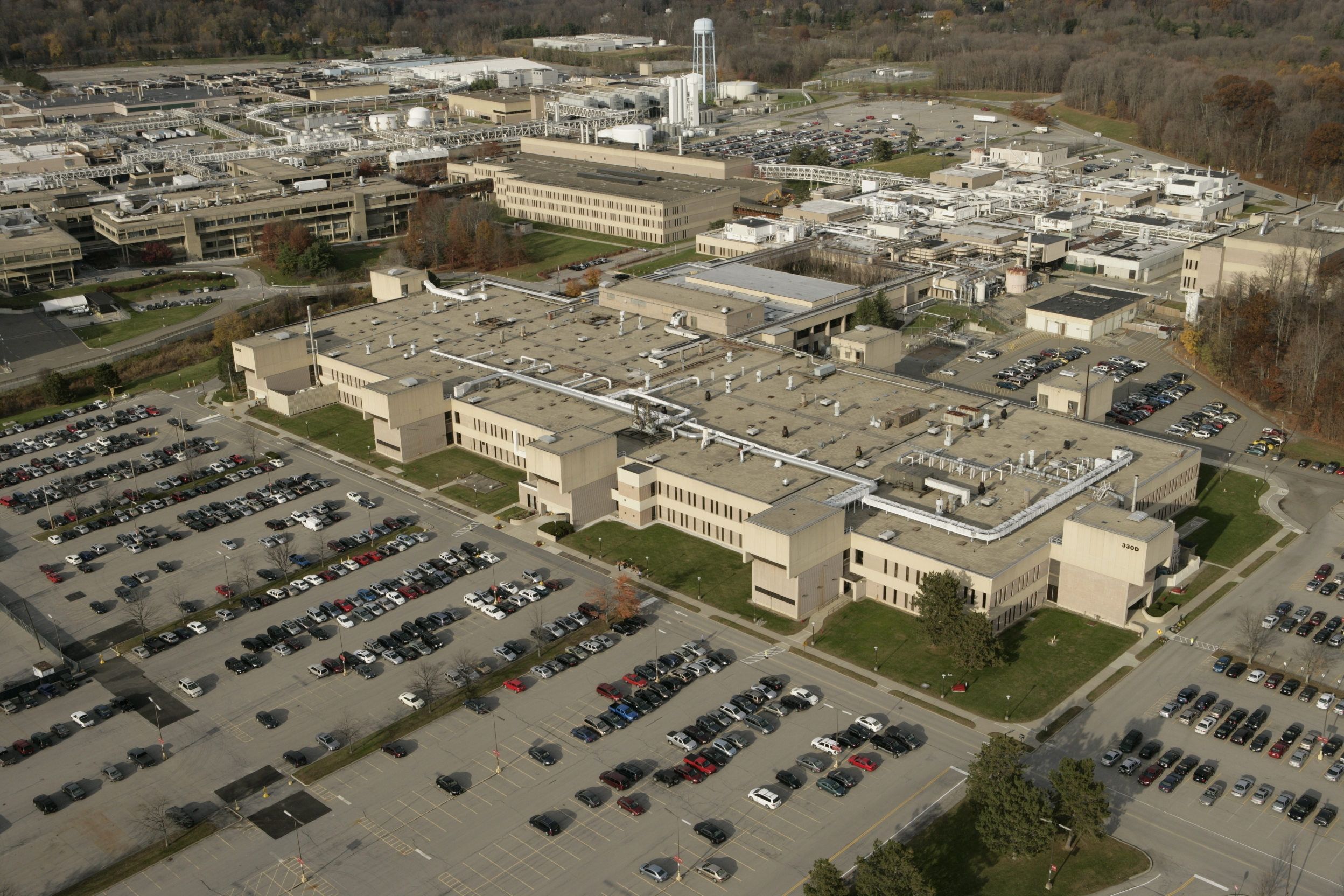 Globalfoundries Acquires Ibm S Semiconductor Manufacturing