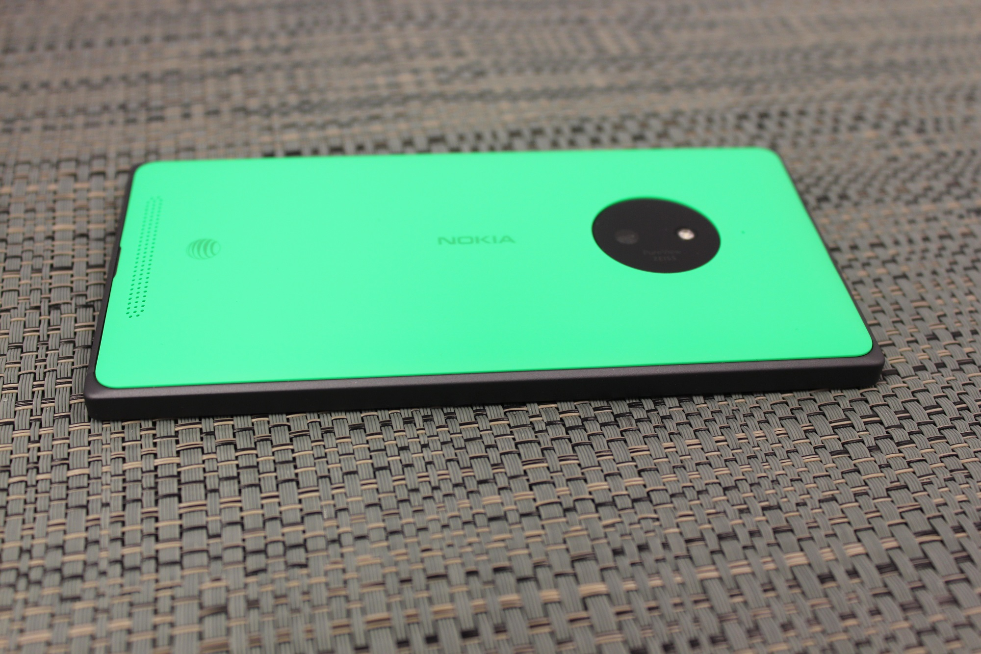 Nokia lumia 830 reviews - Where The Lumia 930 Started To Go Wrong At Least For Me Was That It Was Too Thick And Too Heavy It Could Have Likely Gotten Away With The Thickness If