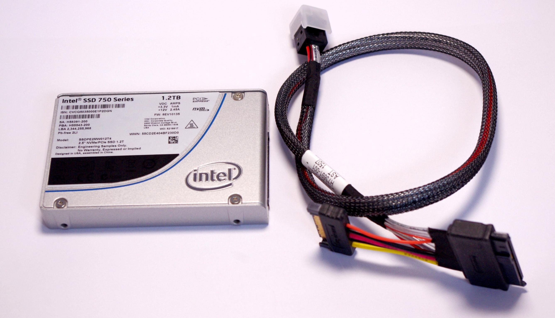 Intel SSD 750 P... M.2 Pcie Lanes