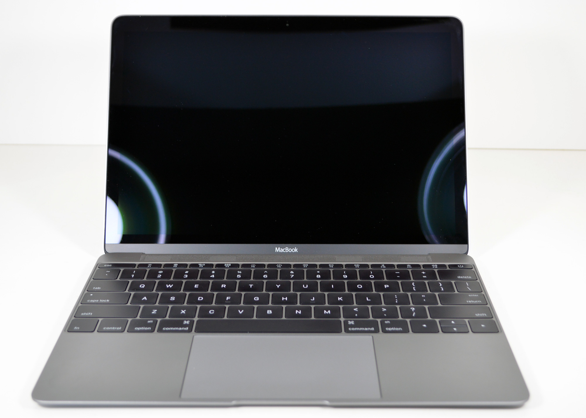 The Macbooks Design 2015 Macbook Review 2nd Try How To Find A Short Circuit In Logic Board For One Of Biggest Changes Compared Mba Is Fact That This Completely Fanless There Are No Fans Or Even Vents On
